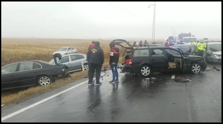 Accident cu 8 masini la Banesti - VIDEO