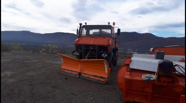 Peste 130 de utilaje si peste 45 mii de tone de nisip, pregatite pentru iarna