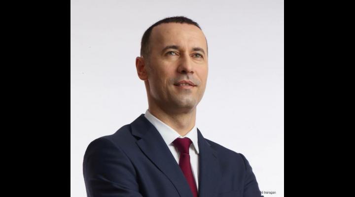 """Iulian Dumitrescu:""""Măsurile fiscale anunțate de ministrul Finanțelor, Eugen Teodorovici, au produs un adevărat haos pe piața de capital"""""""