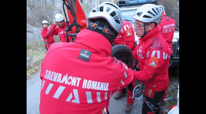 Salvamontistii din Busteni, actiuni de recuperare a unor turisti blocati pe munte