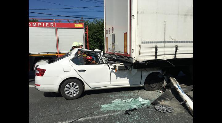 Bilanțul victimelor: trei persoane implicate în accidentul de la Tătărani (VIDEO)