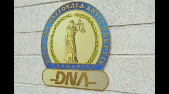 Percheziții făcute de DNA în trei județe