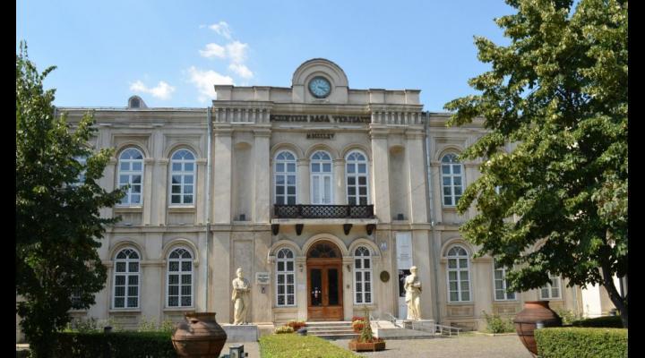 Vezi aici cât costă intrarea la muzeele din Prahova, dar și tarifele pentru celelalte servicii prestate de muzeele respective