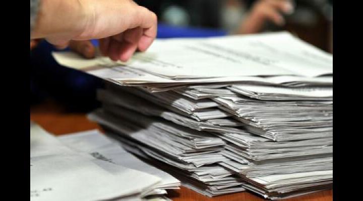 Buletinele de vot se vor distribui, sâmbătă, sub pază militarizată