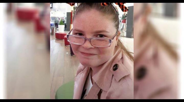 O copilă din Ploiești a fost dată dispărută. Poliția și părinții o caută cu disperare!