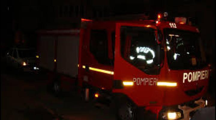 Incendiu la o casă de vacanță din Bușteni