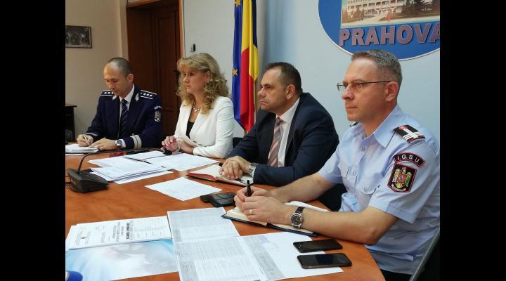 Acțiuni pentru combaterea transportului ilegal de persoane: mii de mașini oprite, în Prahova, pentru control