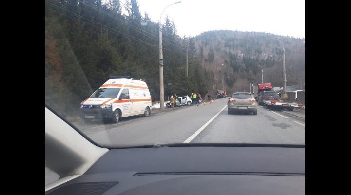 Trei persoane ranite, in urma unui accident produs in Azuga, pe DN 1