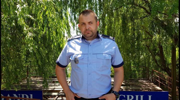 UN POLIȚIST A SALVAT O FETIŢĂ DIN APELE RÂULUI