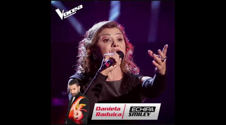 VIDEO: Daniela Răduică, actrița a Teatrului Toma Caragiu din Ploiești, a ajuns în echipa lui Smiley la Vocea României