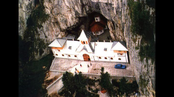 La Peștera Ialomiței se modifică programul de vizitare/Se trece la programul de iarnă