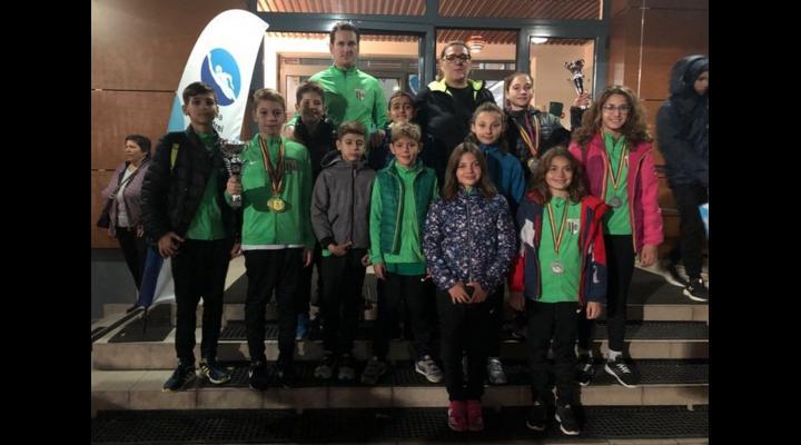 20 de medalii, dintre care 10 de aur, obținute de înotătorii de la CSM Ploiești
