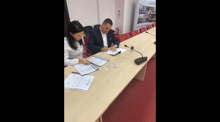 Primăria Băicoi a semnat un contract de 8,4 milioane lei din fonduri europene pentru dotarea cu aparatură de ultimă generație a spitalului din oraș