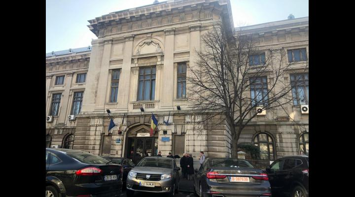 Curtea de Apel Ploiesti, anunt privind  suspendarea activității  de judecată și a celei cu publicul