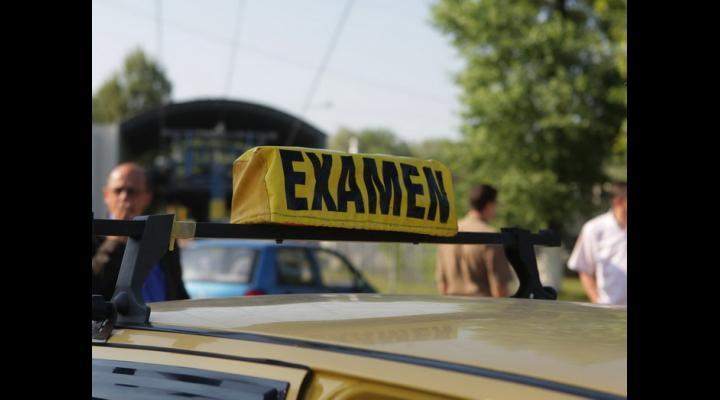 Examenul pentru obținerea permisului de conducere va fi supravegheat video