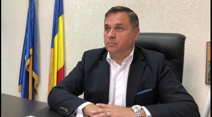"""Banii pentru """"Zilele orasului Baicoi"""", redirectionati pentru achizitionarea echipamentului de protectie pentru personalul spitalului din localitate"""