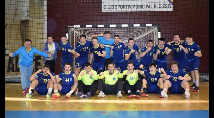 Echipa de handbal juniori 1 speră să aibă şansa de a lupta pentru titlul de campioană!