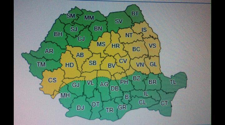 Cod galben de ploi, vijelie și descărcări electrice, în nordul județului Prahova, în noaptea de sâmbătă spre duminică (1-2 iulie)