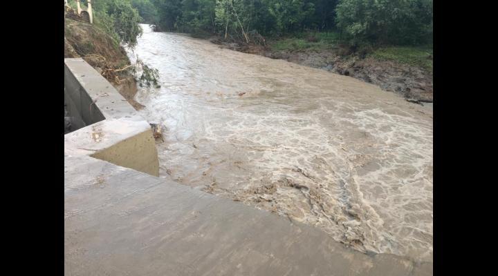 Peste 327 de milioane de lei, alocate de Guvern pentru județele afectate de inundații