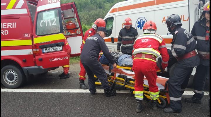 Două persoane  au fost rănite în urma unui accident, în afara localității Stăncești