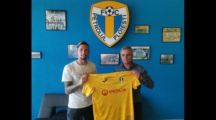 Jhon Mondragon a semnat cu FC Petrolul Ploiești