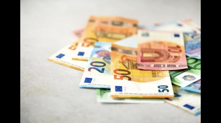 Iulian Dumitrescu: 2000 de Euro gratis pentru 13.000 de IMM-uri fără salariați din județul Prahova