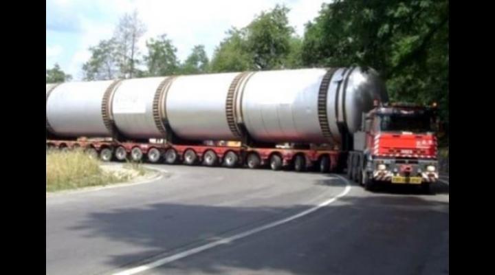 Un transport agabaritic va trece și prin Prahova