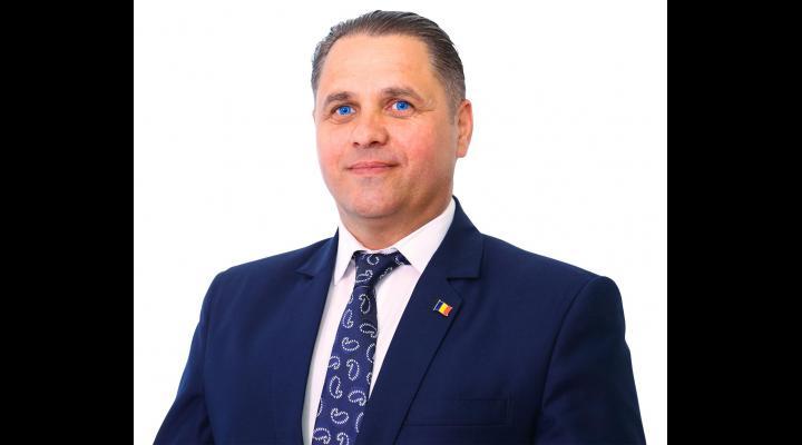 PPU (social-liberal), scor-record în Prahova/Marius Constantin, candidatul umanist la Primăria Băicoi, a câștigat cel de-al doilea mandat cu 77% din voturile valabil exprimate