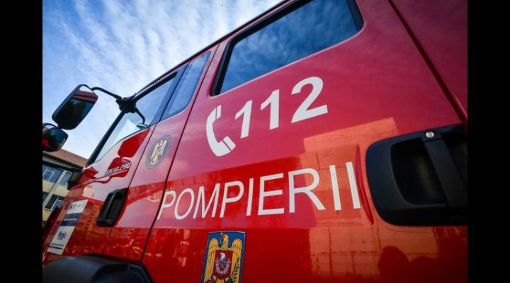 Pompierii prahoveni au continuat transmiterea mesajelor de informare prin intermediul sistemelor audio din dotarea autospecialelor