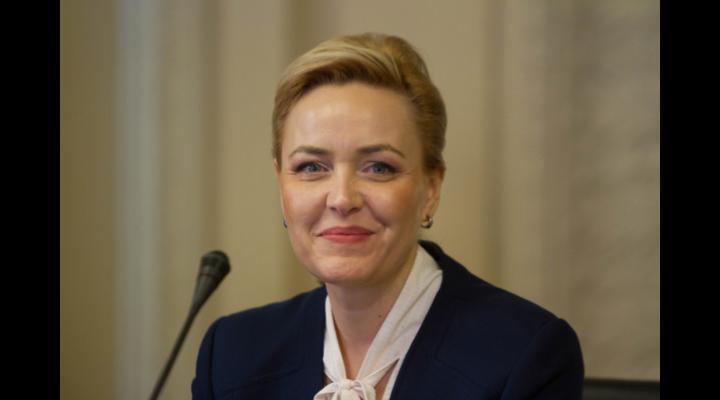 Mesajul ministrului afacerilor interne, Carmen Daniela Dan, cu ocazia Zilei Aviației Române și a Forțelor Aeriene