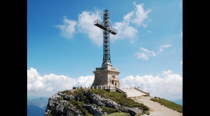 Crucea de pe Caraiman va fi restaurată cu bani din fonduri europene