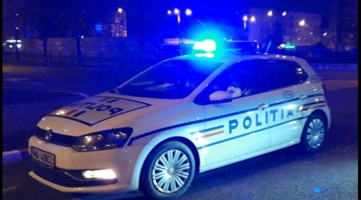 O tanara de 19 ani a fost ranita cu o motocoasa de un barbat, in Busteni. De la ce a pornit scandalul