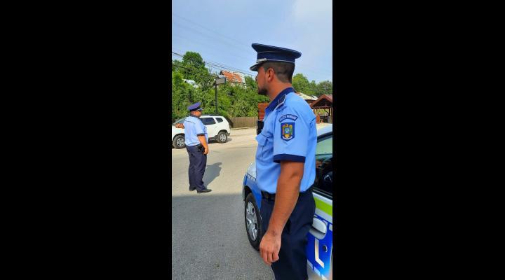 Peste 165 de politisti actioneaza zilele acestea pe drumurile din Prahova