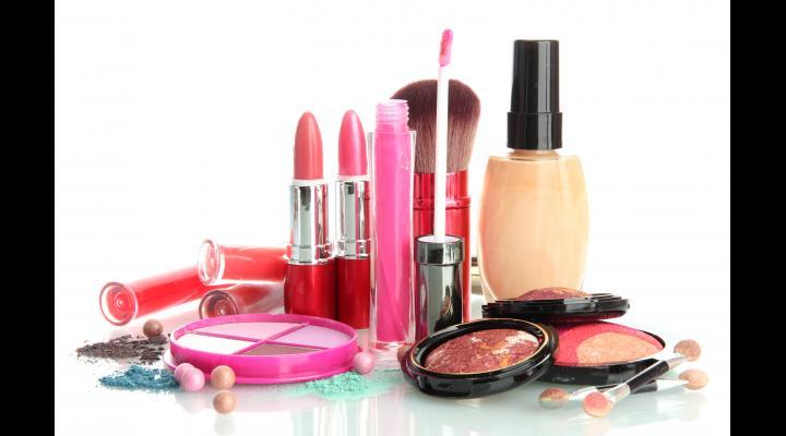 Atenție, la produsele cosmetice! Vezi ce au descoperit comisarii ANPC în urma unor controale!
