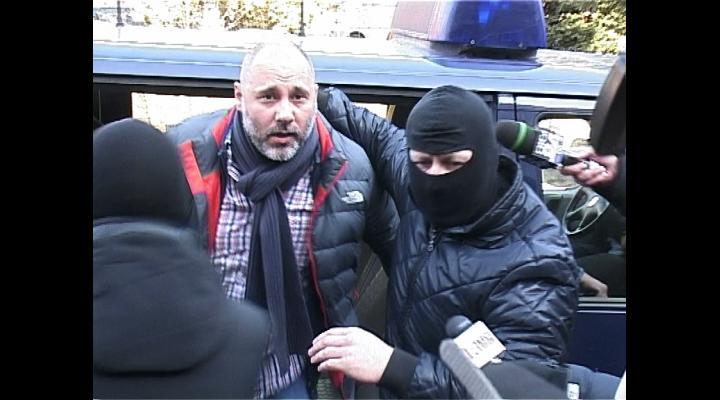 Cumnatul premierului, bătut și jefuit în arestul IPJ Prahova