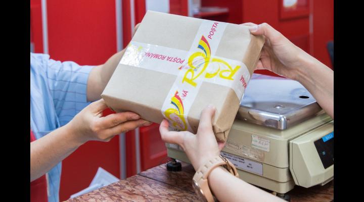 Poşta Română va livra, la domiciliu, permise de conducere şi certificate de înmatriculare, şi în următorii patru ani