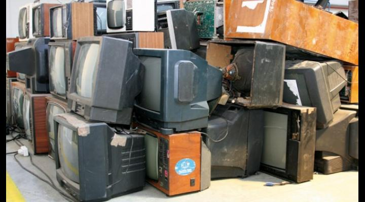 """""""Ai grijă de Ploiești, păstrează-ți orașul curat și civilizat!""""- campanie de colectare a echipamentelor electrice și electronice uzate"""