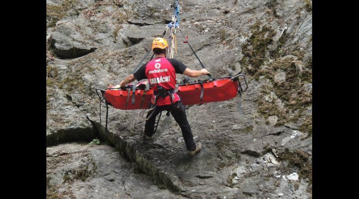 Alerta in muntii Bucegi. O turista a cazut in rapa