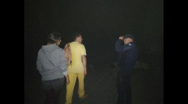 Doua persoane s-au intalnit cu un urs pe traseu montan din Bucegi. Ce au facut (VIDEO)