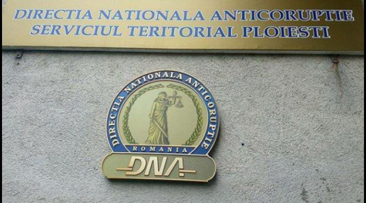 Procurorii DNA Ploiesti au trimis in judecata un fost sef al Garzii Financiare Dambovita. Vezi de ce
