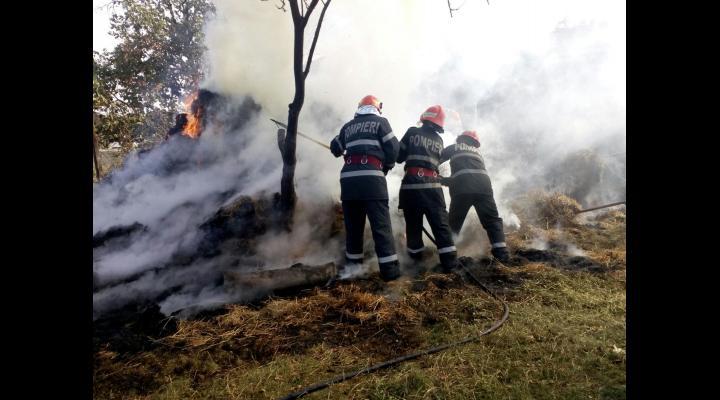Pompierii prahoveni au avut peste 100 de misiuni în weekend