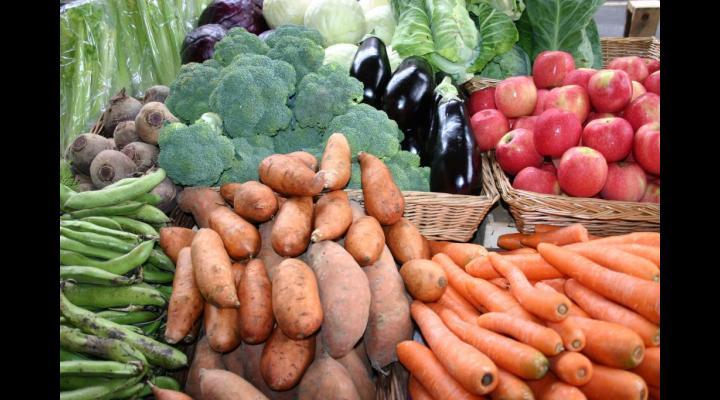 Zeci de producatori agricoli si agenti economici de la Halele Centrale din Ploiesti au fost amendati