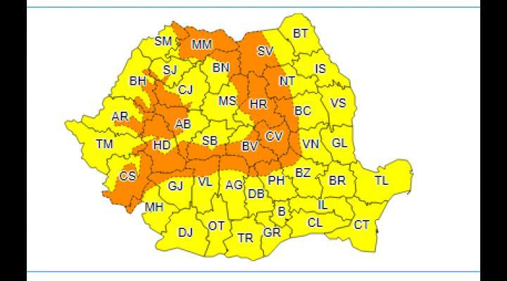 COD GALBEN de vânt și precipitații în Prahova și COD PORTOCALIU de vânt tare și ninsori viscolite în nordul județului, duminică 29 octombrie