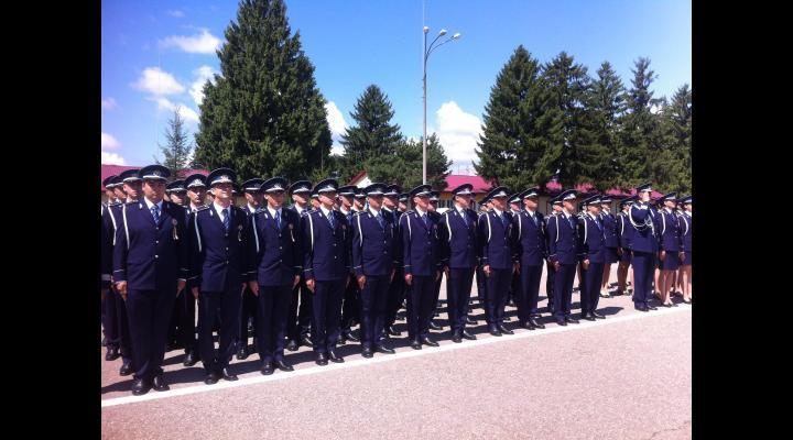 Politia Prahova: criteriul de inaltime, la admitere, a fost eliminat