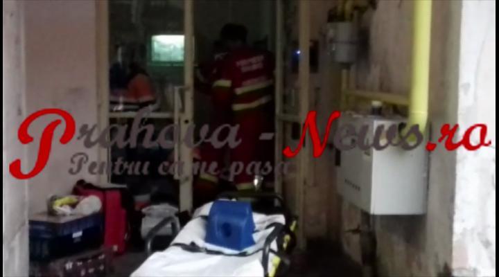 VIDEO EXCLUSIV - UPDATE: FEMEIA A DECEDAT! O femeie a căzut de la etaj, pe scara blocului, în centrul Ploieștiului, și se află în stare de inconștiență