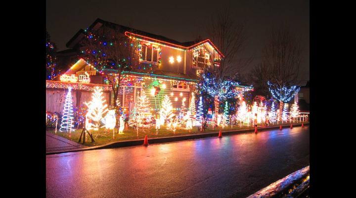 Primaria Ploiesti anunta ca in ajun de Mos Nicolae se aprinde iluminatul festiv