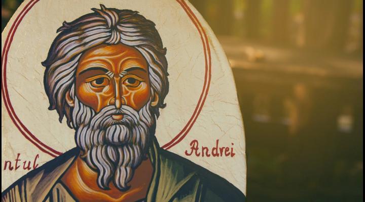 """Credinciosii ortodocsi il praznuiesc astazi pe Sfantul Andrei, Ocrotitorul Romaniei. Sarbatoarea este considerata si """"Halloween-ul românesc"""""""
