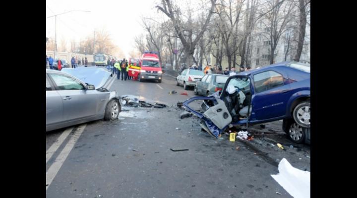 Accidente in Blejoi si in Ploiesti, cu 7 masini implicate