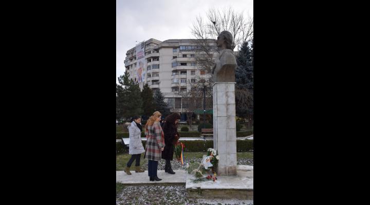 Mihai Eminescu, omagiat la Ploiesti