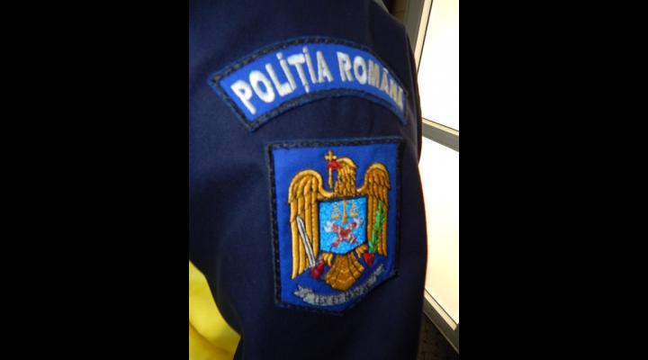 PERSOANE BĂNUITE DE TRAFIC DE DROGURI, DEPISTATE DE POLIȚIȘTI ȘI PROCURORI